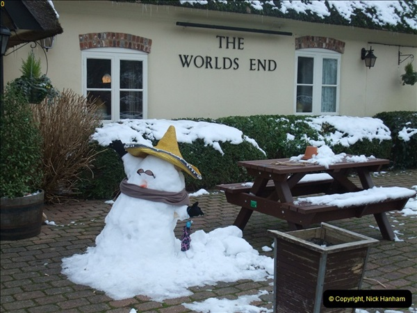 2013-01-21 The World's End, Almer, Dorset.  (2)045
