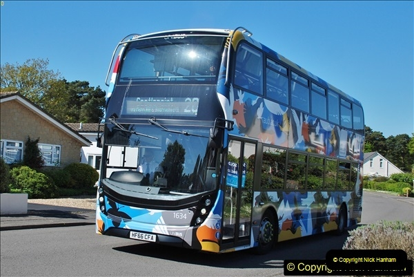 2018-05-05 Uni bus on our Route 20.  (2)096