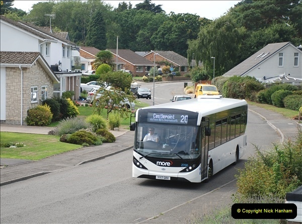 2018-09-01 The one and only white WD bus.  (4)102