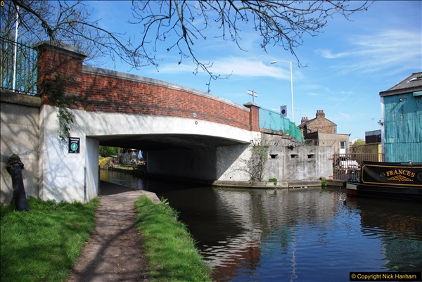 2017-03-25 On the Grand Union Canal near Uxbridge, Middlesex.  (119)281