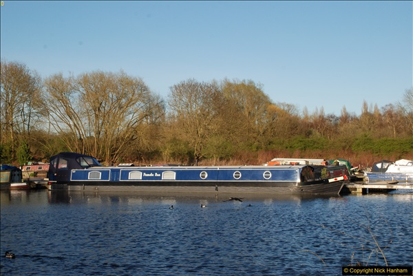 2017-03-25 On the Grand Union Canal near Uxbridge, Middlesex.  (180)342
