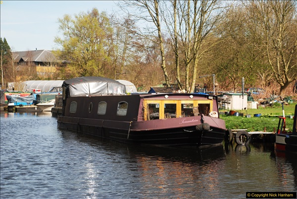 2017-03-25 On the Grand Union Canal near Uxbridge, Middlesex.  (18)180