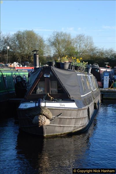 2017-03-25 On the Grand Union Canal near Uxbridge, Middlesex.  (195)357