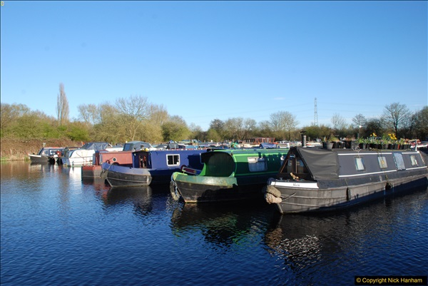 2017-03-25 On the Grand Union Canal near Uxbridge, Middlesex.  (197)359