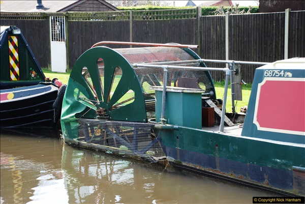 2017-03-25 On the Grand Union Canal near Uxbridge, Middlesex.  (81)243