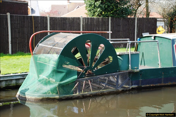 2017-03-25 On the Grand Union Canal near Uxbridge, Middlesex.  (83)245